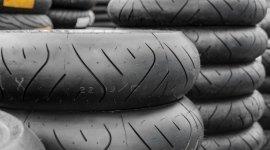 vendita pneumatici per moto da strada