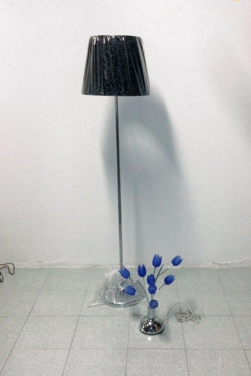 lampade in vetro con decorazioni