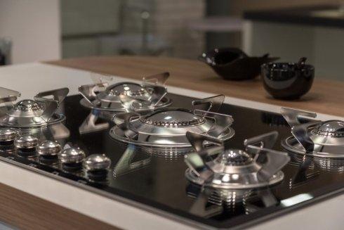 elettrodomestici, piani cottura, cucine
