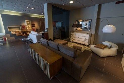 mobili design, divani, mobili bassi in legno