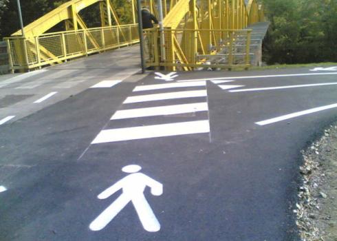 dossi stradali, controllo del traffico, sicurezza stradale, segnaletica stradale
