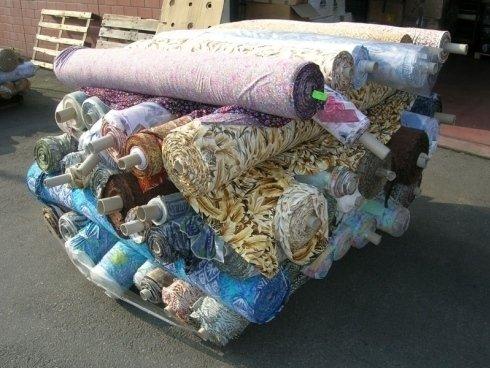 Produzione e vendita stoffe e tessuti all 39 ingrosso for Produzione tessuti arredamento