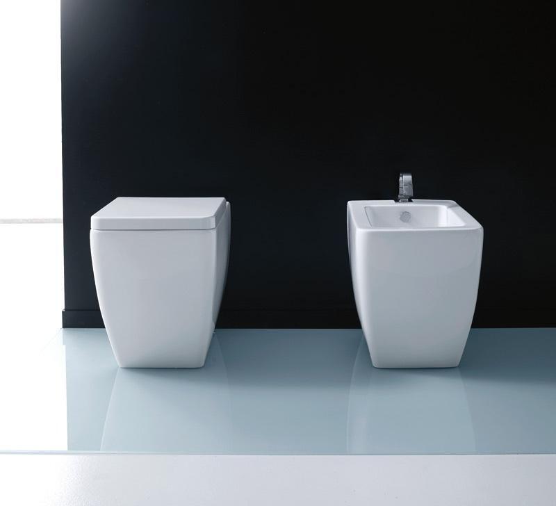 Sanitari bagno napoli interesting wc sanitosco disabili e anziani con scarico a parete ausilio - Arredo bagno caserta ...