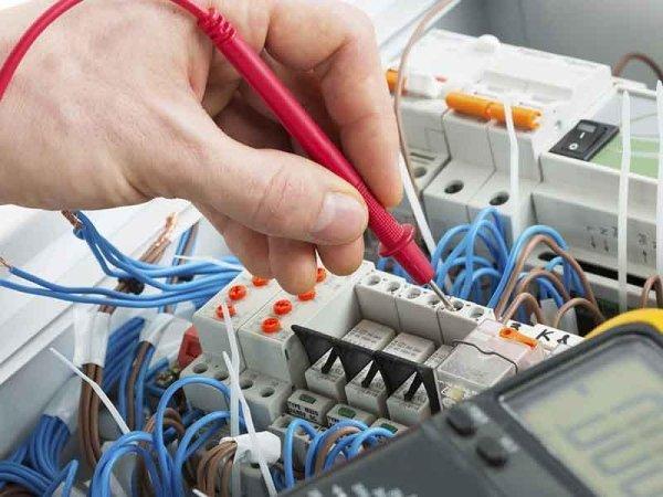 utensili a mano senza motore per elettricità