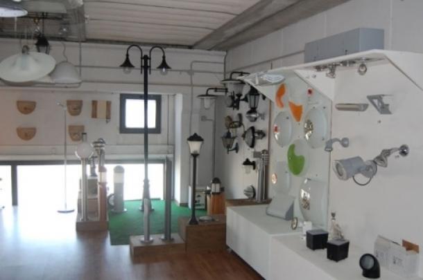 lampadari in esposizione