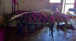 cuscino funebre di orchidee