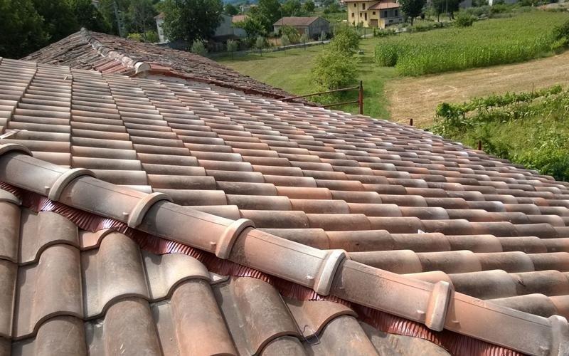 tegole per copertura tetto