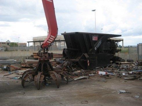 stoccaggio rifiuti metallici