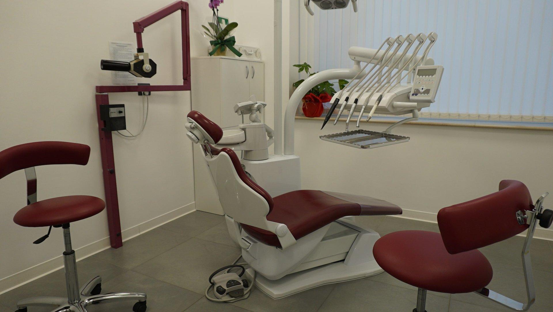 attrezzatura da dentista