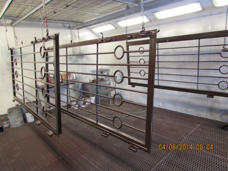 Porte di metallo appeso per asciugarsi