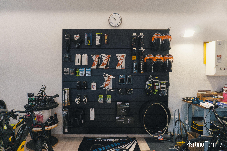 accessori bici in esposizione
