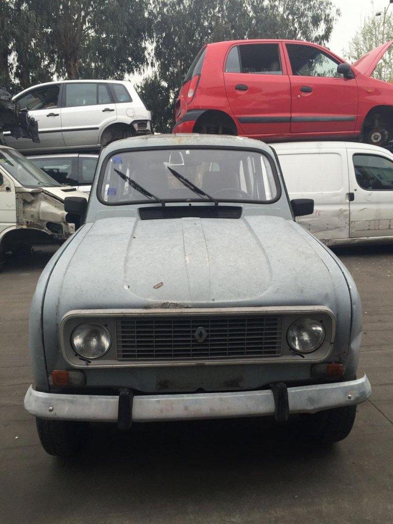Renault 4 - auto d