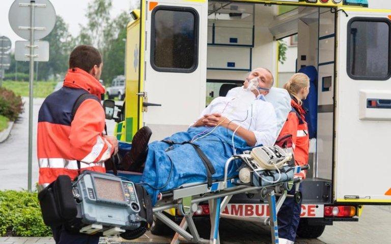 trasporto anziani ambulanza
