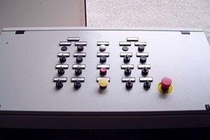 Quadridi comando per automazione macchine cartiera