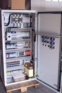 Quadri elettrici industriali per bobinatori