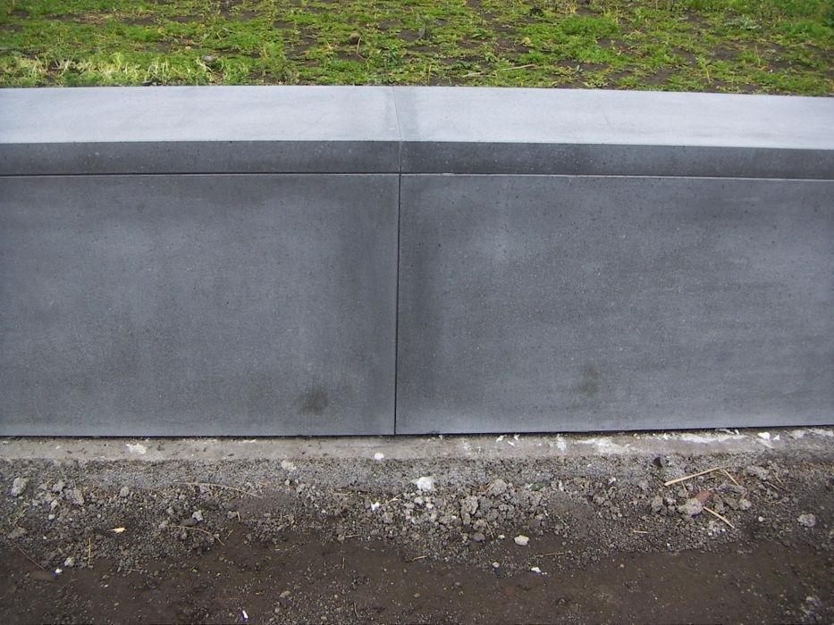 rivestimento muro in pietra lavica levigata