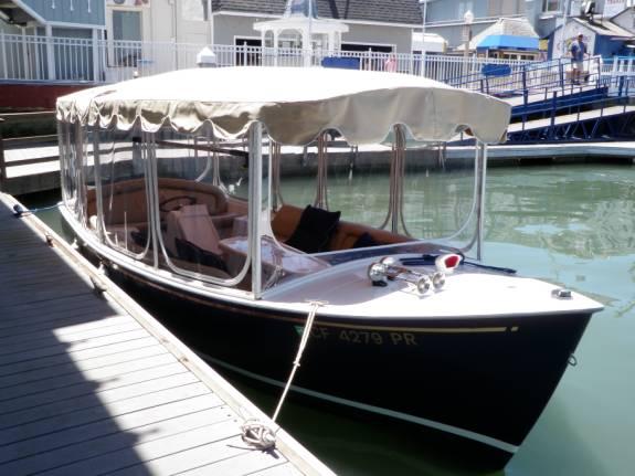 Duffy Electric Boat Als At Newport Harbor