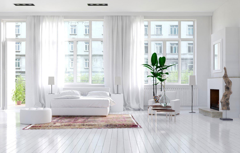 Interno di un moderno appartamento con finestre a Mira