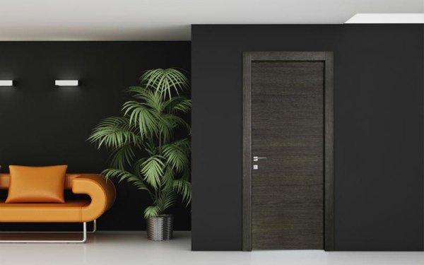 porta laccata scura