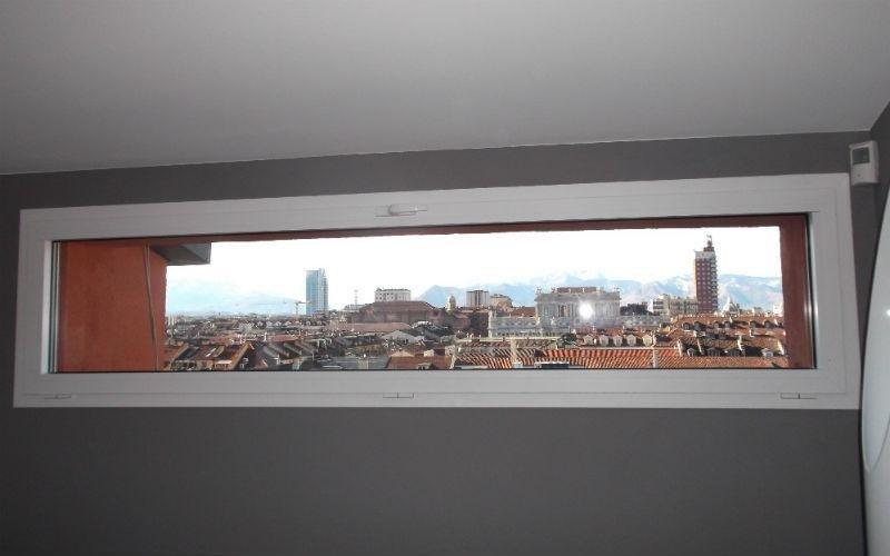 finestra stretta