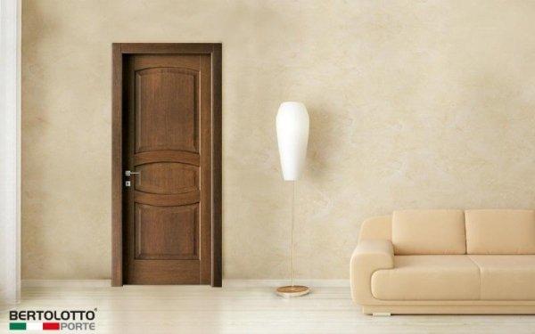 porta legno scura