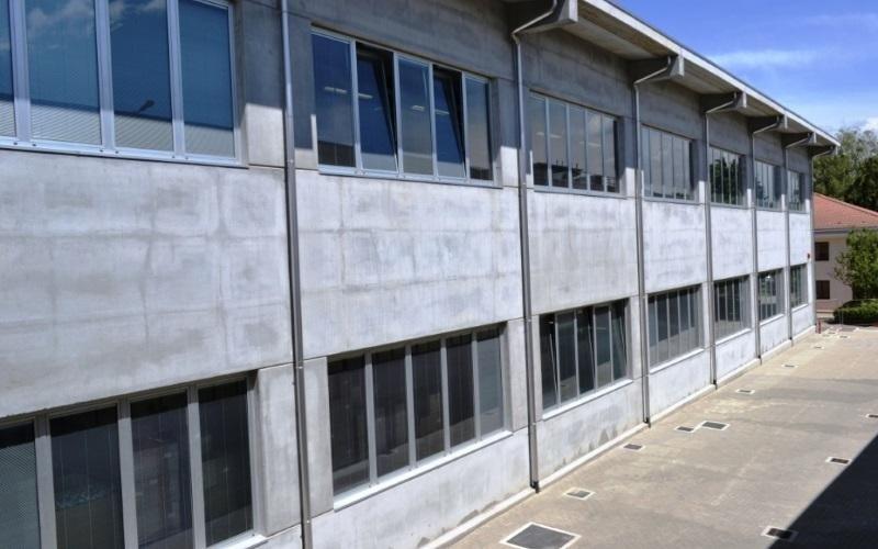finestre con veneziane