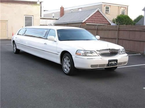 stretch limousine brooklyn