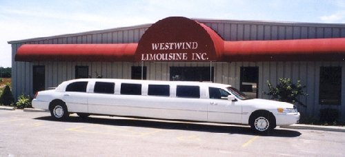chauffeured stretch limousine brooklyn