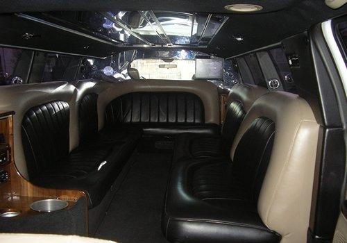 stretch suv limousine brooklyn