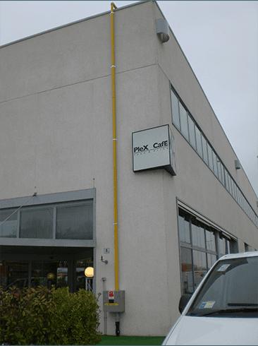 Esterno di un edificio in cemento
