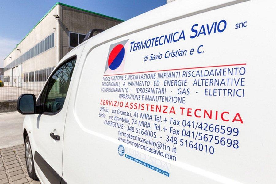 Veicoli dell'agenzia Termotecnica Savio a Mira Venezia
