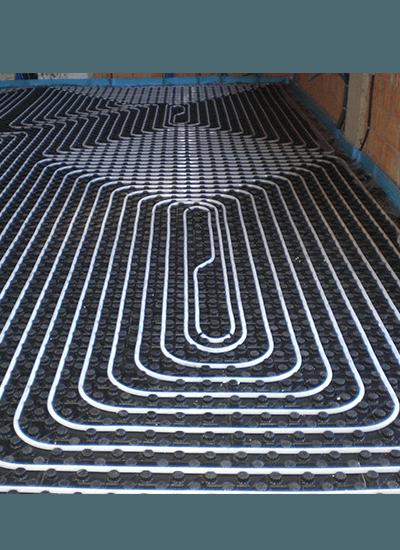 Serpentina in un pavimento