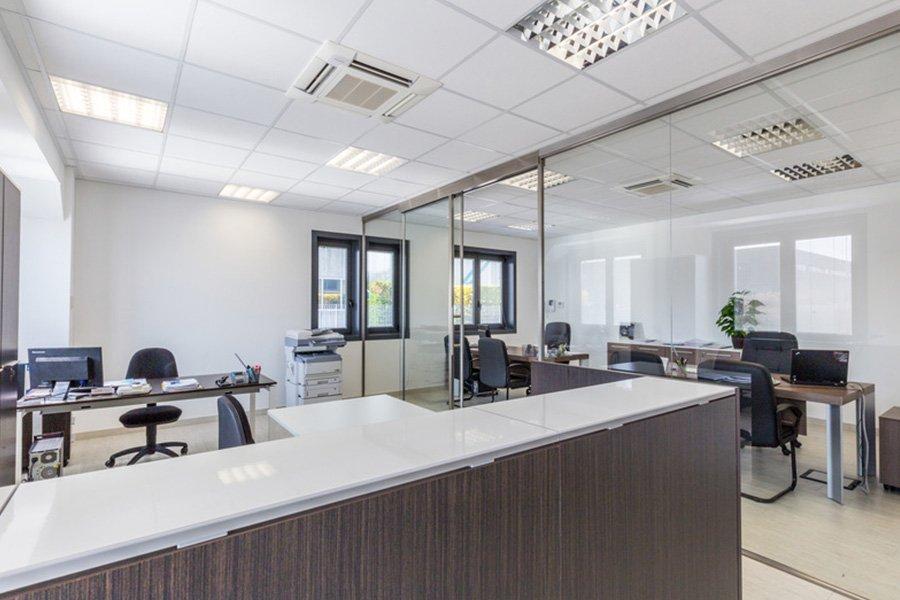 reception e finestre ufficio