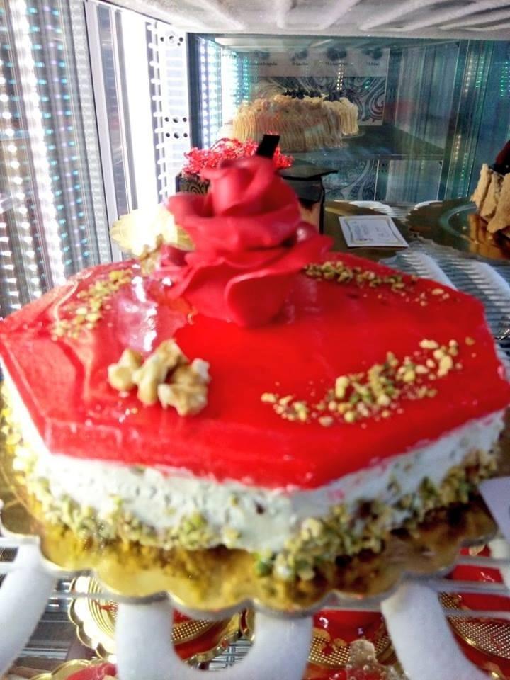 torta con rose