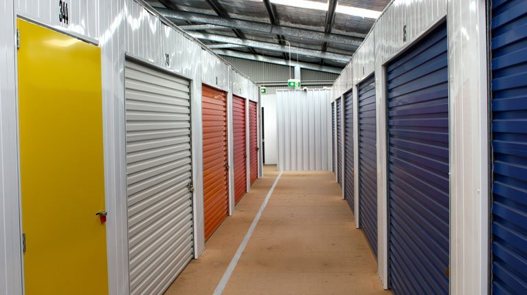 majestic self storage storage units