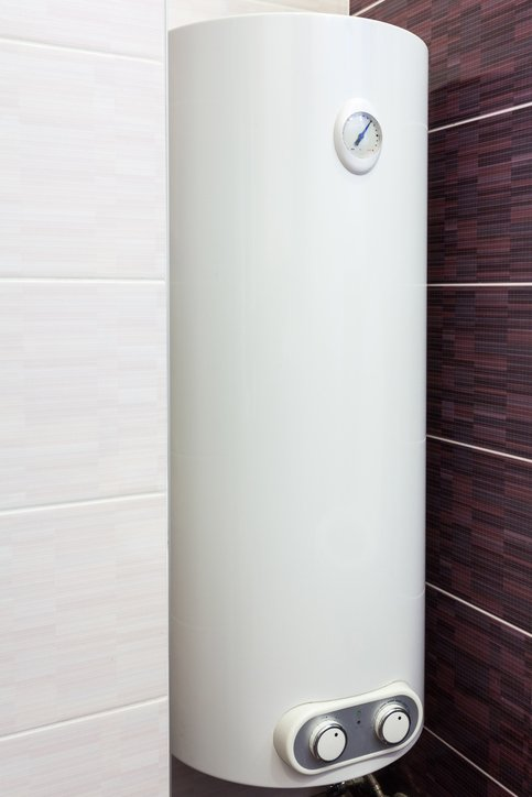 Pros And Cons Tankless Or Traditional Water Heaters