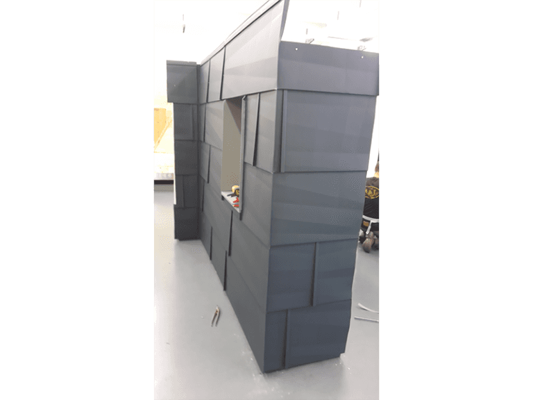 Facciata strutturale in PREFA FX12