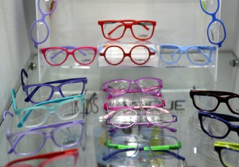 occhiali per bambini clic