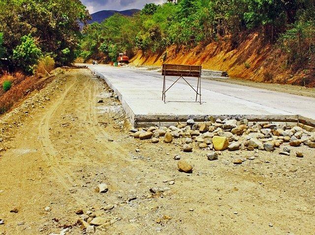 costruzione strada