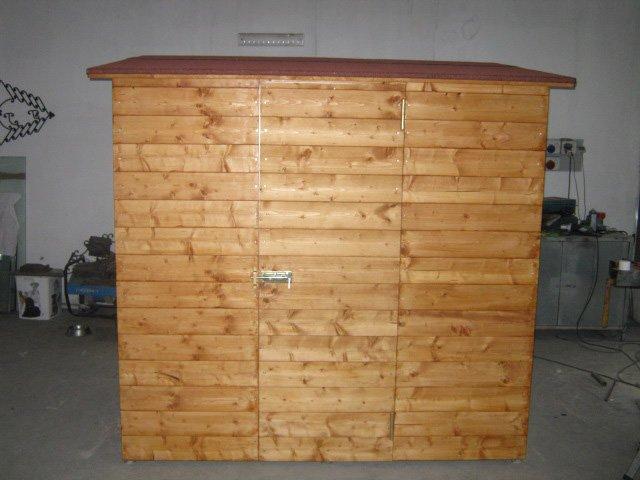 un casotto in legno