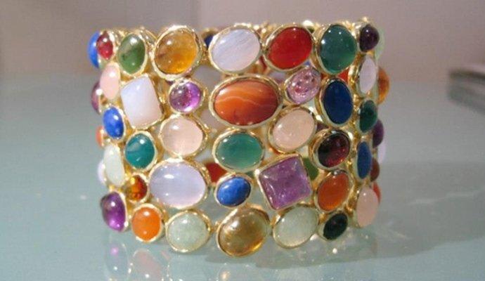 gioielli con pietre e gemme