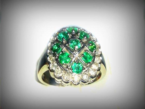 anello-con-smeraldi-naturali.