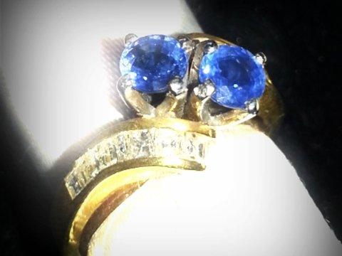 anello-con-zaffiri