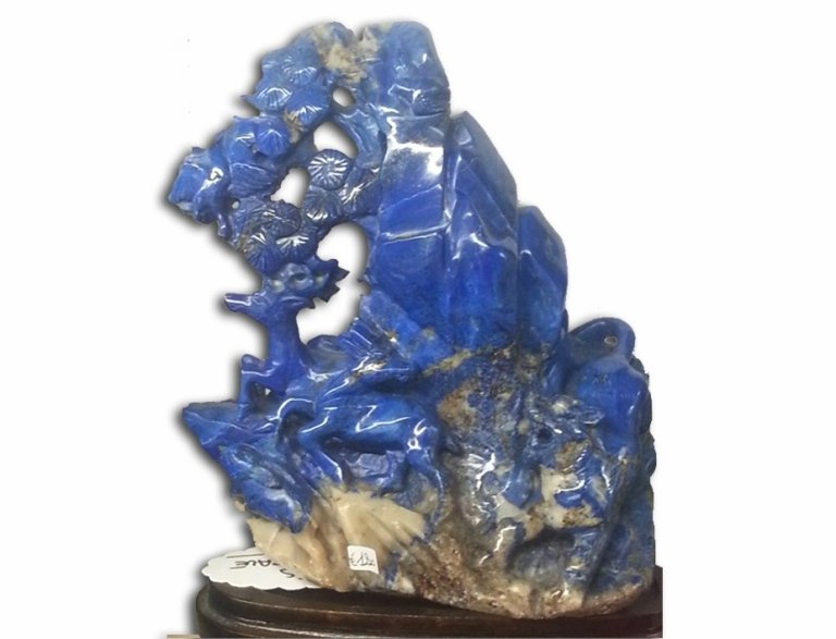 Scultura-di-lapislazzuli-naturale