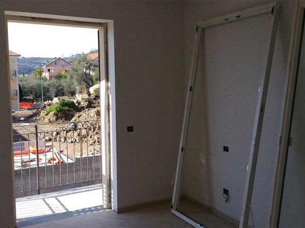 camera con balcone2