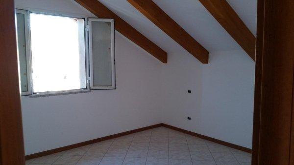 d4 mansarda alloggio trilocale residenza le magnolie casa vacanza molino nuovo andora camera