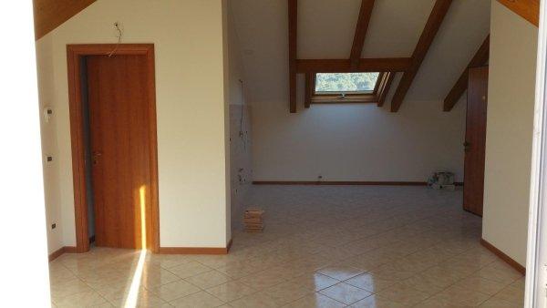 d4 mansarda alloggio trilocale residenza le magnolie casa vacanza molino nuovo andora ingresso