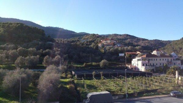 d4 mansarda alloggio trilocale residenza le magnolie casa vacanza molino nuovo andora soggiorno (2)