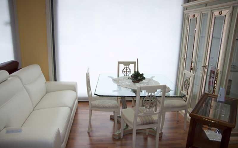 divano bianco soggiorno