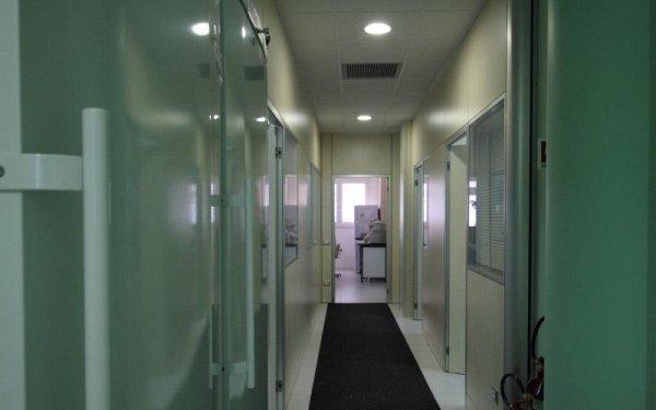 corridoio laboratorio